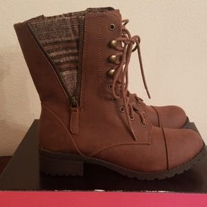 Charlotte Russe Parker style Boots